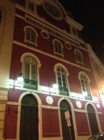 Teatro da Trindade: facciata esterna