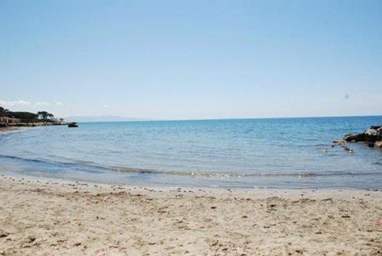 Hotel Residence Stella del Mare: La spiaggia vicina