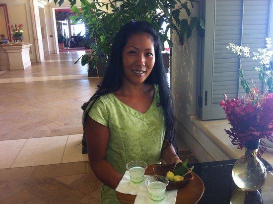 Four Seasons: Aloha Welcome Greeting