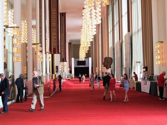 DoubleTree by Hilton - Washington DC - Crystal City: Beautiful Kennedy Center