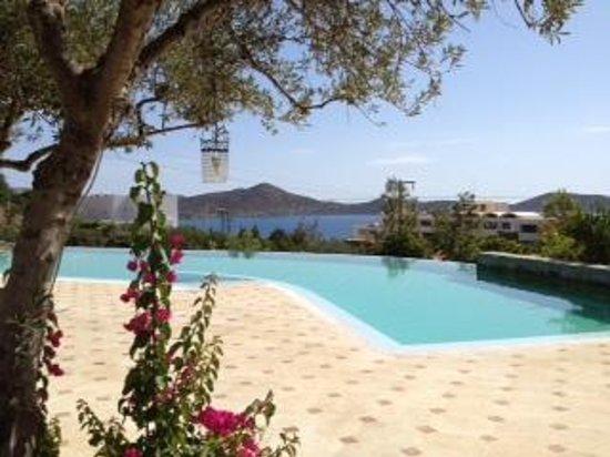 Elounda Gulf Villas & Suites: Main Pool