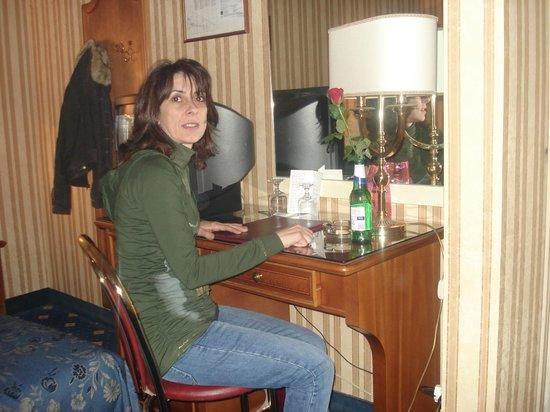 Hotel Eliseo: en la habitacion,,,,