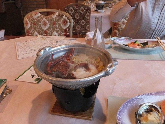 Sennomori: 2日目夕食の一部(伊勢エビ半身)量はこれで充分