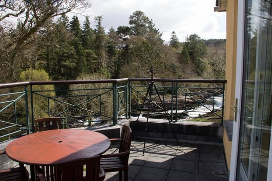 Sheen Falls Lodge: Balcony