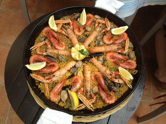 Una paella de Els Valencians llevada a casa