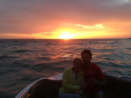 Mamboats Charters Ibiza: amazing sunset