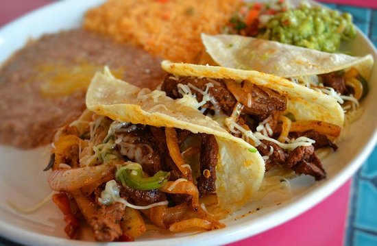 La Mexicana: Chicken or Steak Fajita Tacos!