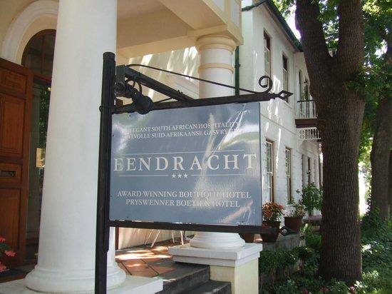 Eendracht Hotel: 玄関
