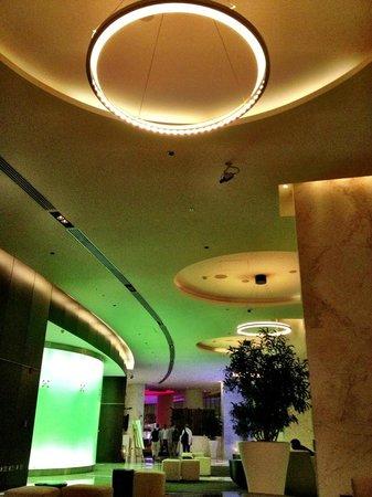 Media One Hotel Dubai: Ingresso