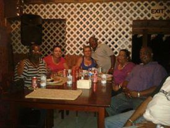 The Hot Spot Restaurant and Karaoke Bar: party crew