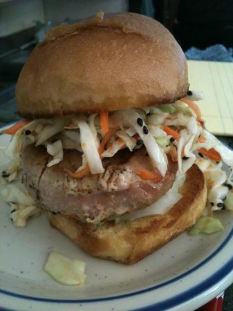Calypos's Chef Todd's Kitchen: HARA KIRI Yellow Fin Sandwich w/ SEPPUKU Slaw