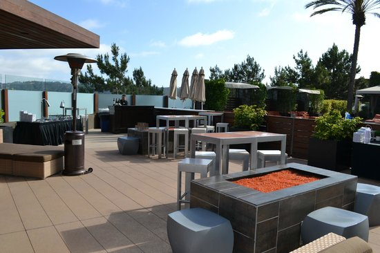 San Diego Marriott Del Mar : Arterra Outdoor Lounge