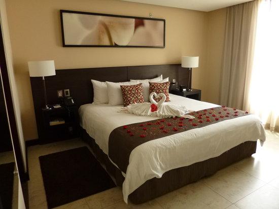 Studio Hotel: Honeymoon Room