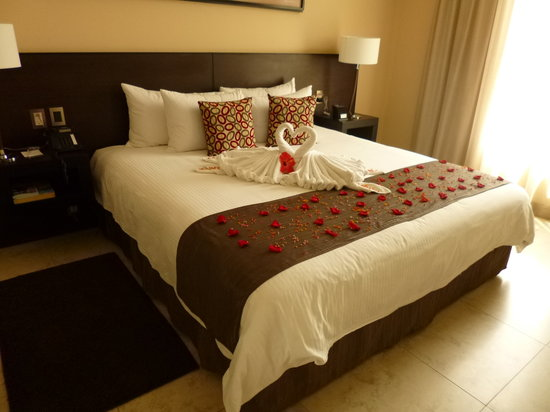 Studio Hotel: Honeymoon Room