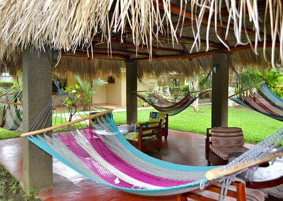 Morgan's Cove Central: Hammocks under the Palapas