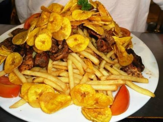 Albrook Mall: artery clogging fried food near and dear to Panamanian stomachs