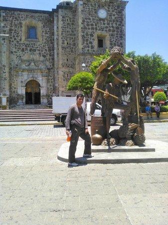 La Rojeña: tiene magia hasta en sus esculturas