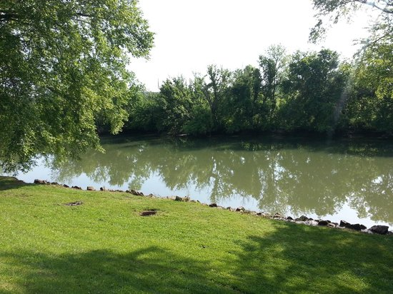 Riverside RV Park & Resort: River View From Porch of Cabin 14