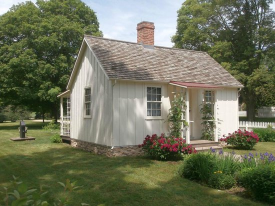 Herbert Hoover National Historic Site: Birthplace cottage