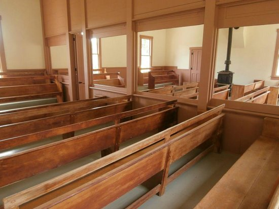 Herbert Hoover National Historic Site: Friends Meetinghouse