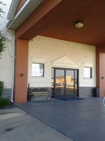 Best Western Fort Worth Inn & Suites: Entrance