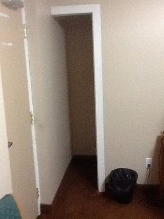 "Knights Inn Toronto: This is the ""closet"".  No where to hang coats."
