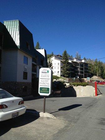 Ridge Pointe Tahoe: Ridge Pointe Parking