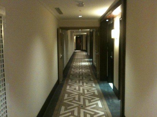 Swissotel Makkah : Floor Corridors