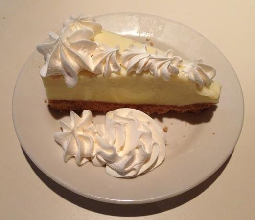 South Beach Grill: Key lime pie