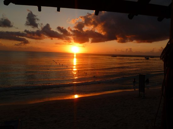 Seasplash Negril: Sunset from the bar/restaurant deck of Seasplash