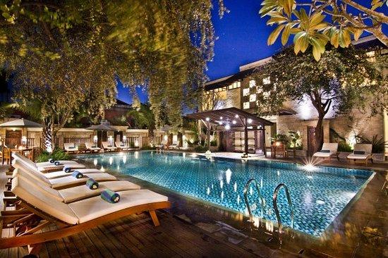 Best Western Kuta Villa: Swimming pool