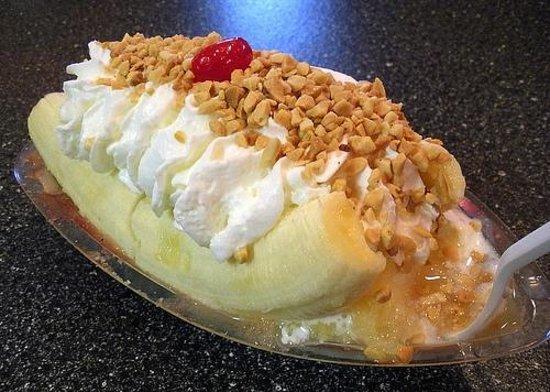 Purity Ice Cream Co: Banana split at Purity.