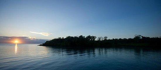 """لوسياس لاجون شاليه: View from Lagoon Chalet """"Over the Water"""""""