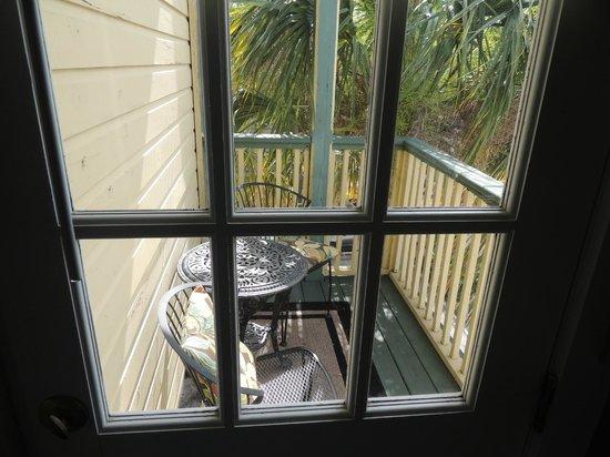 Agustin Inn: Porch
