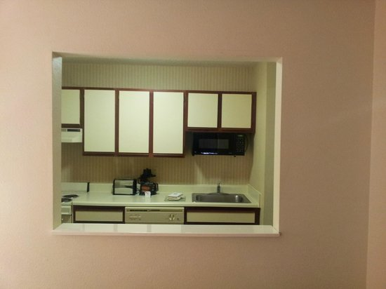 Extended Stay America - Des Moines - West Des Moines: Another view of kitchenette from bed area.