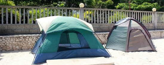 Bigsand Resort and Campgrounds : You can  set up tents in from of the sea