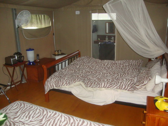 Jabiru Safari Lodge: Inside Tent