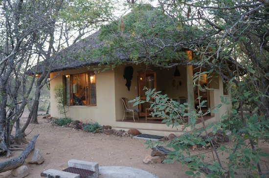 Masodini Private Game Lodge: Our chalet