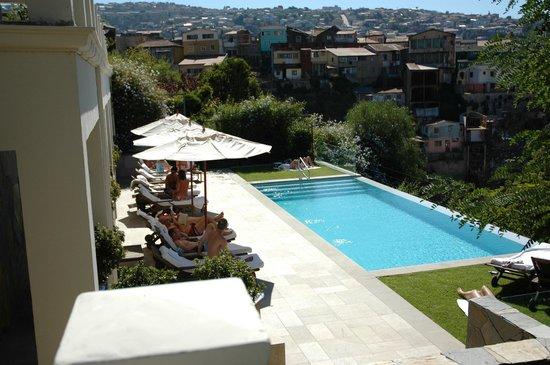 Hotel Casa Higueras : Piscina y entorno del hotel.