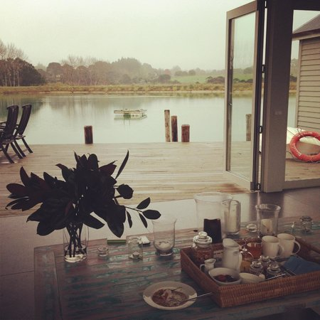 Boathouse Row: Breakfast View