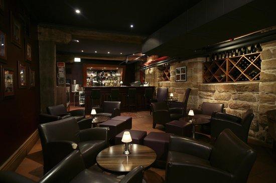 Kingsleys Australian Steakhouse: Lounge dining