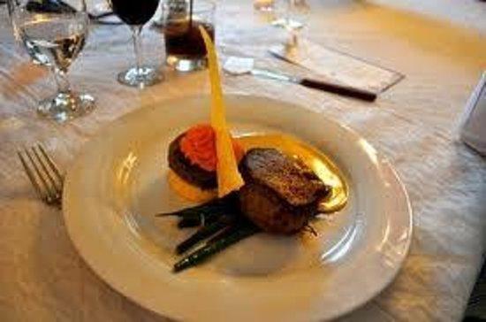 Serafino McLaren Vale Restaurant: eye fillet...
