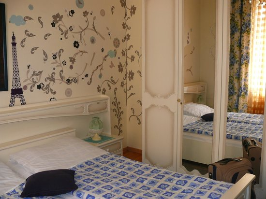 Pension Mozart: Chopin room