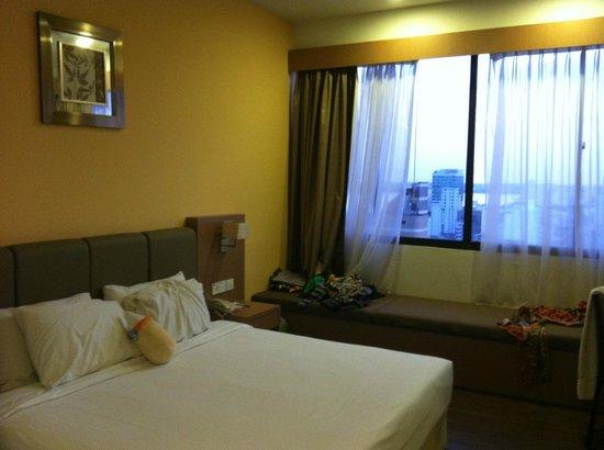 Hotel Sentral Johor Bahru: Queen room/ daybed