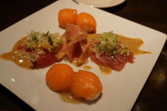 La Piccola Cucina : sushi with sesame sauce