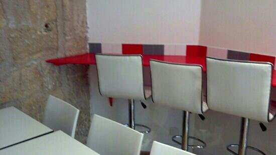 Beytouti: You can take-out or eat in small dining room