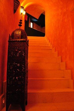 Las escaleras del hammam picture of medina mudejar banos arabes s l toledo tripadvisor - Banos mudejar toledo ...