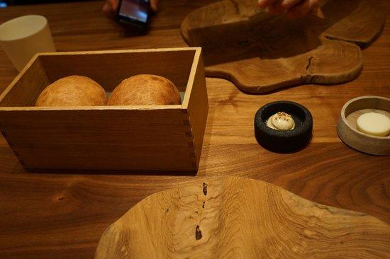 Fujiya 1935: Heated bread box.