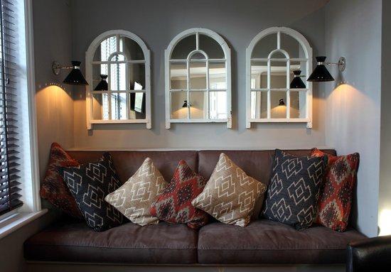 The Earlham Arms Restaurant: The Sofa Area