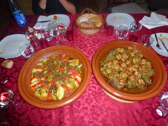 Oasis Jena: Tajine de légume et tajine de bœuf / abricots sec /noix